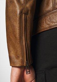 Belstaff - WEYBRIDGE JACKET - Leather jacket - burnished gold - 6