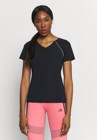 ONLY Play - ONPPERFORMANCE TRAINING V NECK - Print T-shirt - black/red - 0