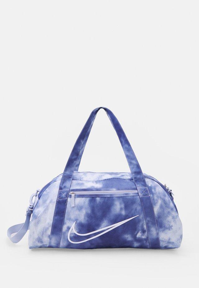 GYM CLUB 2.0 - Sports bag - light thistle/dark purple