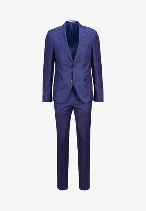 Suit - mehrfarbig