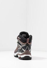 Salomon - X ULTRA 3 MID GTX  - Hiking shoes - peppercorn/black/coral almond - 3