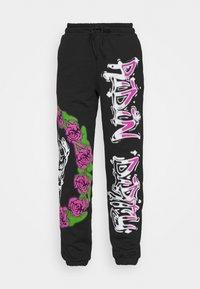 Jaded London - CUFFED JOGGER RIDIN' DIRTY GRAFFITI PRINT - Pantalones deportivos - multi - 4