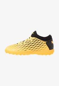 Puma - FUTURE 5.4 TT JR UNISEX - Astro turf trainers - ultra yellow/black - 1