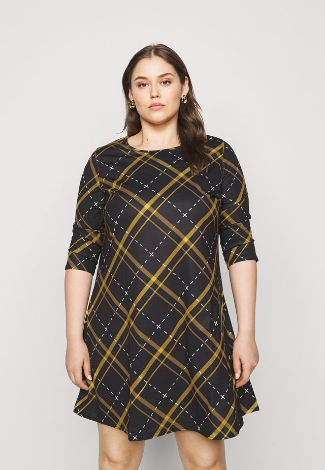 3/4 SLEEVE SWING - Robe d'été - ochre