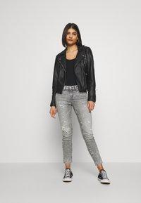 Denham - LIZ ANKLE - Jeans Skinny Fit - grey - 1