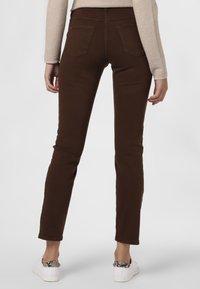 MAC Jeans - Trousers - braun - 1
