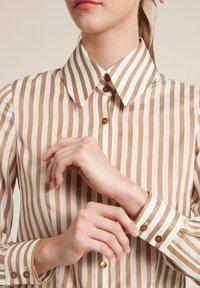 Luisa Spagnoli - Button-down blouse - beige/ off-white - 2