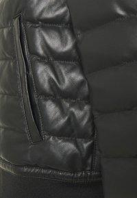 Emporio Armani - Veste en cuir - black - 2
