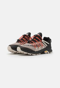 Merrell - LONG SKY SEWN - Zapatillas de trail running - black - 5