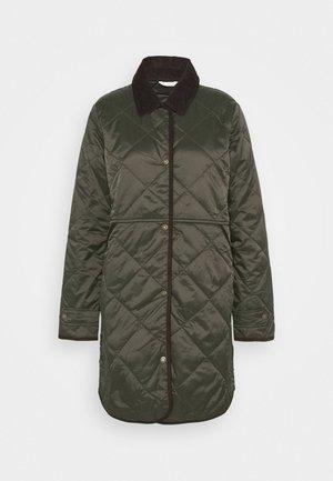 PEPPERGRASS QUILT - Zimní kabát - sage