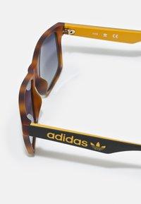 adidas Originals - UNISEX - Sunglasses - havana/brown - 2