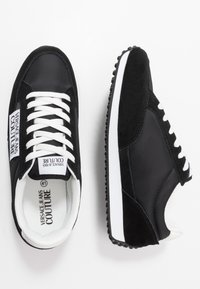 Versace Jeans Couture - Sneakersy niskie - black - 1