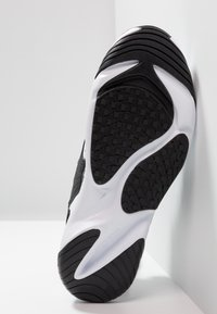 Nike Sportswear - ZOOM  - Trainers - white/black