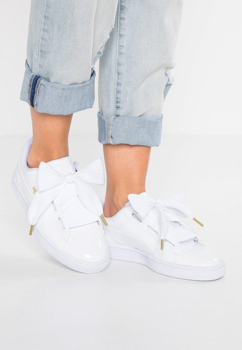Puma - BASKET HEART PATENT - Sneakers - white