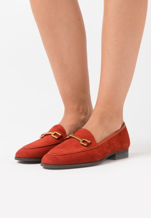 DAIMIEL - Slip-ons - red