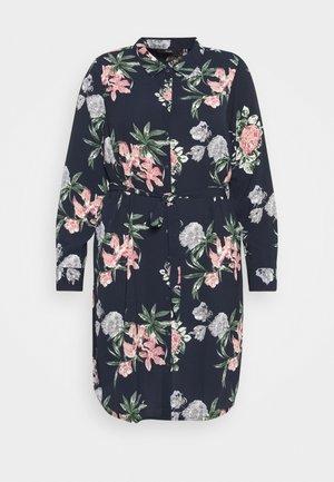 VMSAGA DRESS  - Robe chemise - navy blazer