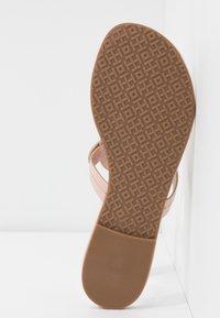 Tory Burch - MILLER - Sandály s odděleným palcem - sea shell pink - 6