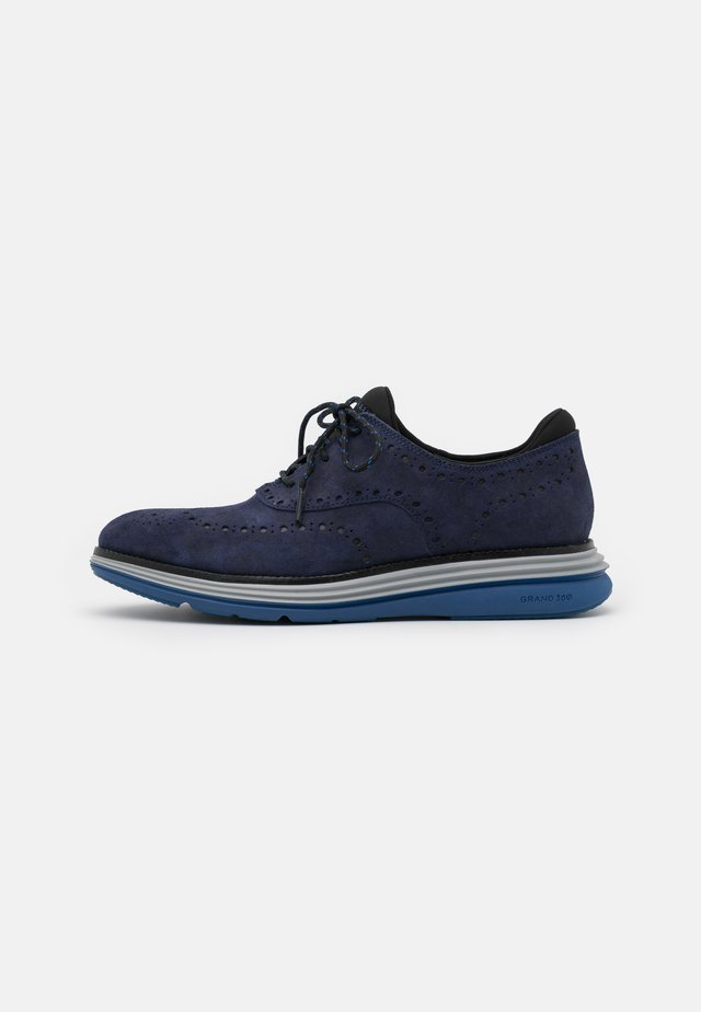 ORIGINALGRAND ULTRA WING - Sporty snøresko - marine blue/black/harbor mist/true blue