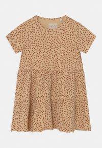 Konges Sløjd - REYA TEE DRESS - Jersey dress - buttercup/rosa - 0