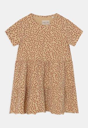 REYA TEE DRESS - Jersey dress - buttercup/rosa