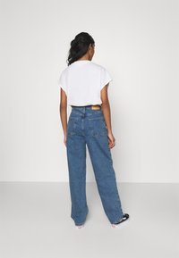 BDG Urban Outfitters - MODERN BOYFRIEND BAGGY JEAN - Jeans relaxed fit - dark vintage - 2