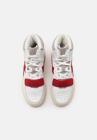 Diadora - MI BASKET USED UNISEX - Zapatillas altas - white/dark red - 3