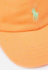 Polo Ralph Lauren - APPAREL ACCESSORIES UNISEX - Cap - classic peach - 3