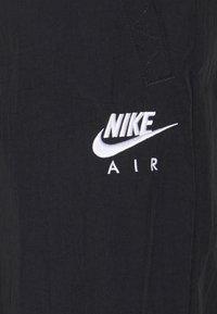 Nike Sportswear - AIR PANT - Joggebukse - black/white - 6