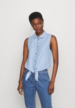 NMGARY ENDI TIE - Button-down blouse - light blue