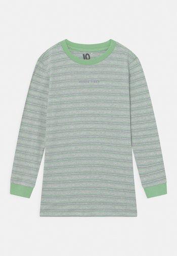 FREE BOYS LONG SLEEVE - Long sleeved top - light grey/spearmint
