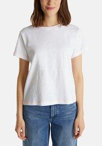 edc by Esprit - T-shirt basic - white - 7