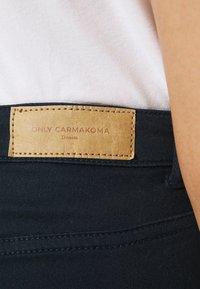 ONLY Carmakoma - CARSARAH LIFE  - Jeans Skinny Fit - sky captain - 3