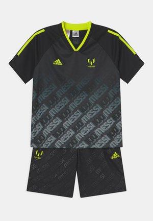 MESSI SET - Print T-shirt - black/semi solar yellow