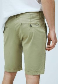 Pepe Jeans - Shorts - palm green - 3