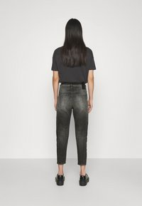 Diesel - D-FAYZA-T - Relaxed fit jeans - washed black - 2