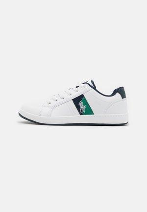 ORMOND - Tenisky - white/navy/green