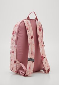 Puma - CORE SEASONAL DAYPACK - Sac à dos - peachskin - 1