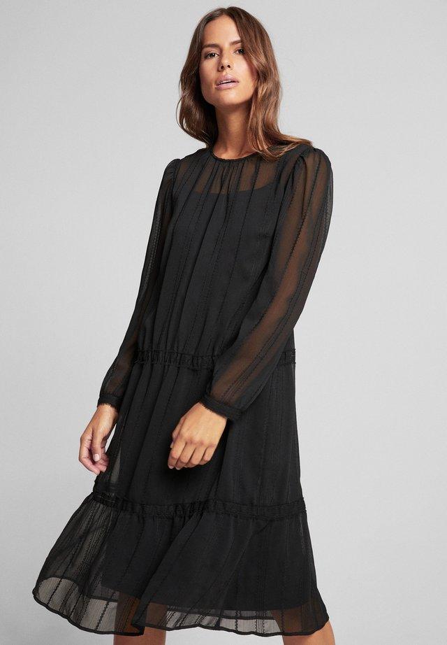 DEANDRA - Korte jurk - schwarz