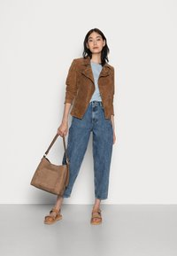 American Vintage - IVOGOOD - Relaxed fit jeans - blue stone - 1