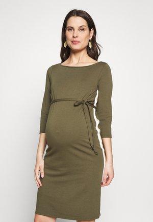 MLTINE BLACKIE DRESS - Vestido ligero - dusty olive/snow white
