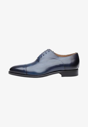 NO. 5222 - Derbies & Richelieus - navy