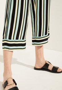 comma casual identity - Trousers - grey/black - 3