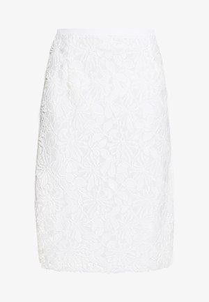 Pencil skirt - milky white