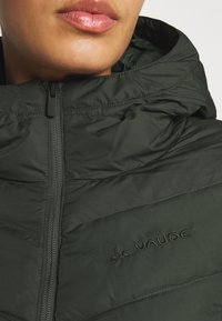 Vaude - WOMENS ANNECY COAT - Down coat - spinach - 6