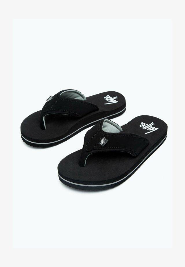 T-bar sandals - black/white