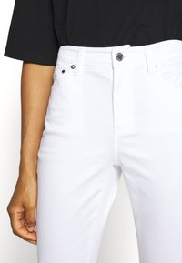 MICHAEL Michael Kors - SELMA - Jeans Skinny Fit - white - 3