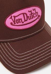 Von Dutch - UNISEX - Cap - dark brown/pink - 3