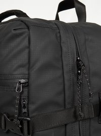 Eastpak - Reseryggsäck - surfaced black - 4