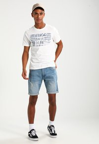 Redefined Rebel - OSLO DESTROY  - Shorts vaqueros - skyway blue - 1