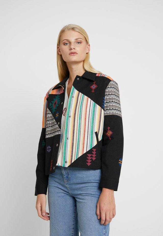SUZANNE JACKET - Summer jacket - black